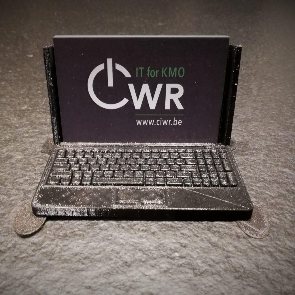 Ciwr card holder
